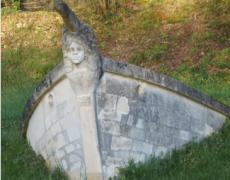 Lapidiales, l'art de sculpter le calcaire blanc